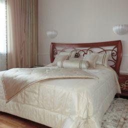 Спальня 7 просека. Салон штор Garden rose. Спальня. Пошив и фото штор в интерьере 2016