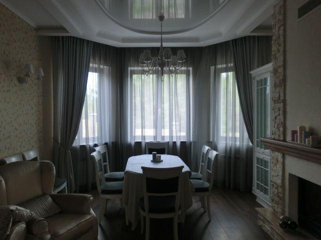 Шторы. Гостиная в Царевщине. Шторуз.ру