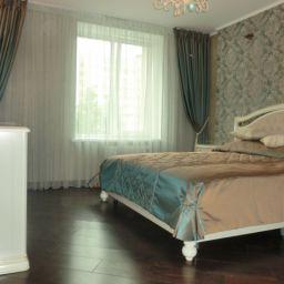 Спальня на Осипенко. Салон штор Garden rose. Спальня. Пошив и фото штор в интерьере 2016