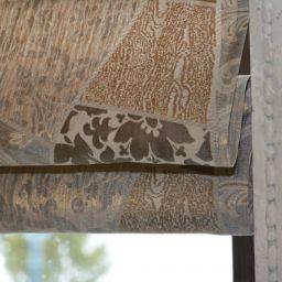Римские шторы в предбанное помещение в доме. Потолочный карниз в квартиру. Шторуз.ру