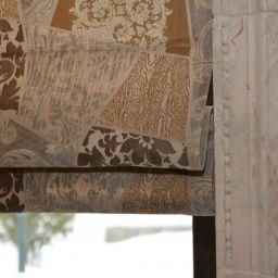Римские шторы в предбанное помещение в доме. Куц Елена 2015. Шторуз.ру