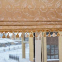 Римские шторы в доме на первом этаже (холл) . Куц Елена 2015. Шторуз.ру
