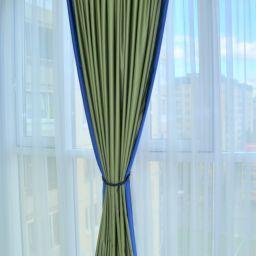 Гостиная Комендантский проспект. Дизайнер в салоне штор Пустовгарова Анастасия. Гостиная. Пошив и фото штор в интерьере 2016