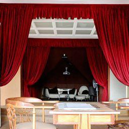 Мансарда в Малаховке. Дизайнер в салоне штор Екатерина. Мансарда. Пошив и фото штор в интерьере 2016