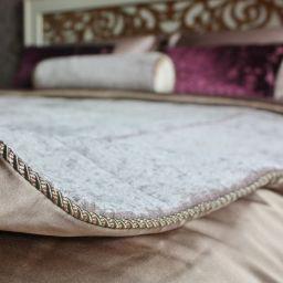 Подушки, покрывала. Декоративные подушки и покрывала. Шторуз.ру
