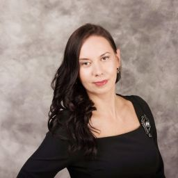Михайлова Виктория. Шторуз.ру