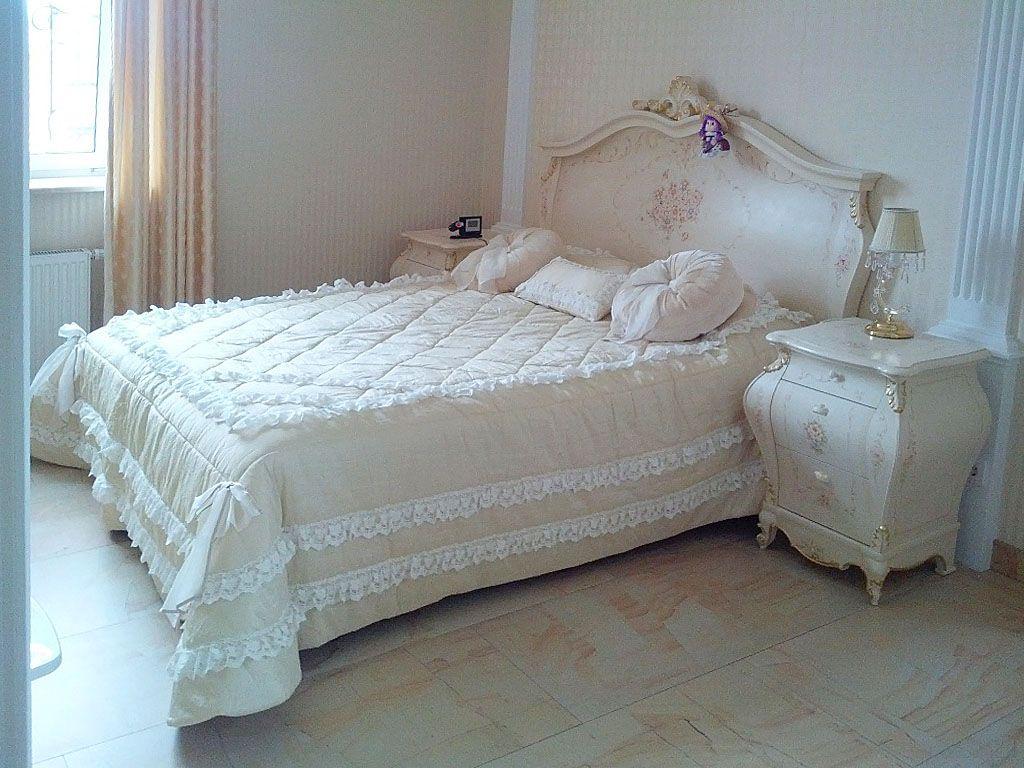 Спальня мужская и женская в КП Владычино. Шторы, подушки, покрывала в спальню. Классика. Шторуз.ру