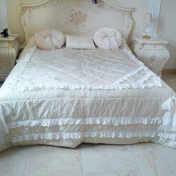 Шторы, подушки, покрывала. Спальня мужская и женская в КП Владычино. Шторуз.ру