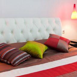 Спальня на Академической. Частный дизайнер по шторам Калышницына Софья. Спальня. Пошив и фото штор в интерьере 2016