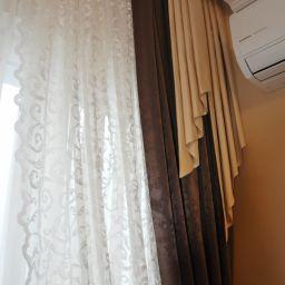 Гостиная на Щукинской 2. Частный дизайнер по шторам Милякова Ирина. Гостиная. Пошив и фото штор в интерьере 2016