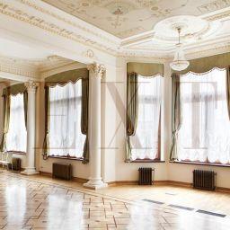Оформление музыкального зала. Салон штор TEXTI. Гостиная. Пошив и фото штор в интерьере 2016