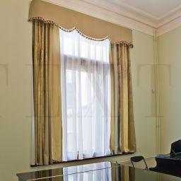 Зал для уроков музыки. Салон штор TEXTI. Гостиная. Пошив и фото штор в интерьере 2016