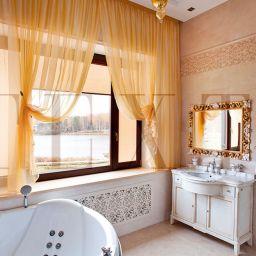 Золотая ванная. Настенный карниз в спальню. Шторуз.ру