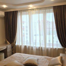 Спальня в Дзержинском. Дизайнер в салоне штор Дарья. Спальня. Пошив и фото штор в интерьере 2016