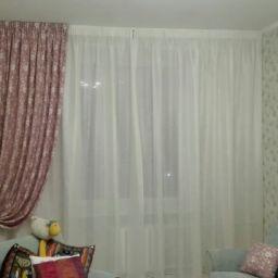 Кухня и гостиная на Мосфильмовской. Дизайнер в салоне штор Дарья. Гостиная. Пошив и фото штор в интерьере 2016
