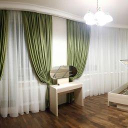 Спальная комната в ЖК Граф Орлов. Дизайнер в салоне штор Пустовгарова Анастасия. Спальня. Пошив и фото штор в интерьере 2016