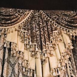Гостиная в Хлябово. Салон штор Студия ARMANDI. Гостиная. Пошив и фото штор в интерьере 2016
