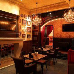 Ресторан Самары Bootlegger. Дизайнер в салоне штор Шафранова Надежда. Ресторан. Пошив и фото штор в интерьере 2016