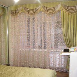 Цветочная спальня . Дизайнер в салоне штор Шафранова Надежда. Спальня. Пошив и фото штор в интерьере 2016