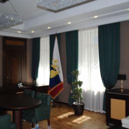 Строительная клмпания на  Жуковского. Салон штор Батист. Кабинет. Пошив и фото штор в интерьере 2016