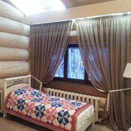 Загородный дом в стиле ШАЛЕ.  Голдобина Светлана. Пошив и фото штор в интерьере 2016