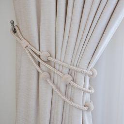 Спальня с блекаутом. Частный дизайнер по шторам Милякова Ирина. Спальня. Пошив и фото штор в интерьере 2016