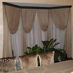 Шторы в загородном доме. Эркерное окно в гостиной..  +7(812) 917-70-04. Пошив и фото штор в интерьере 2016