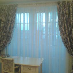 Шторы и карнизы. Комната девушки 15 лет. квартира на ул. Малая Жерновская. Шторуз.ру