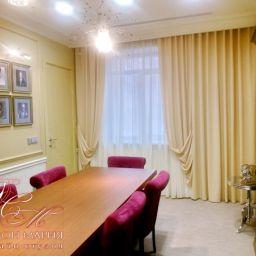 Переговорная. Салон штор Дизайн тканного интерьера Мария. Пошив и фото штор в интерьере 2016