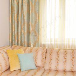 Гостиная, Каховка. Частный дизайнер по шторам Круцько Тамара. Гостиная. Пошив и фото штор в интерьере 2016